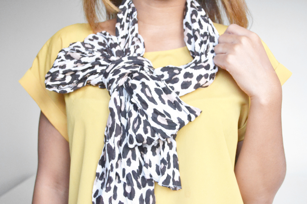 how to tie a scarf 8