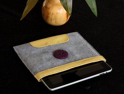 leather felt ipad sleeve