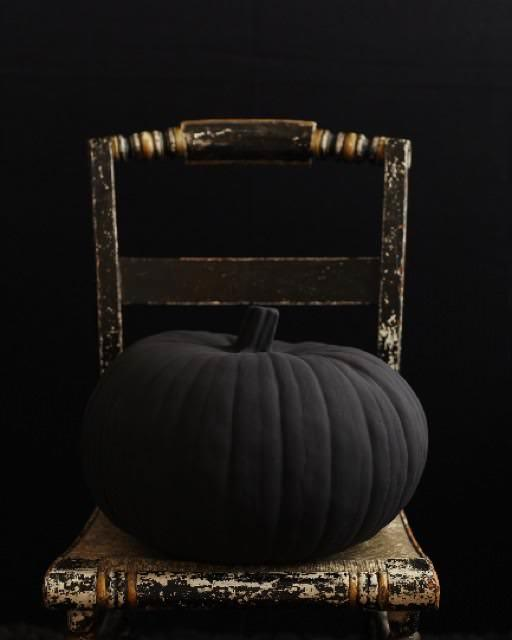 matte black pumpkin
