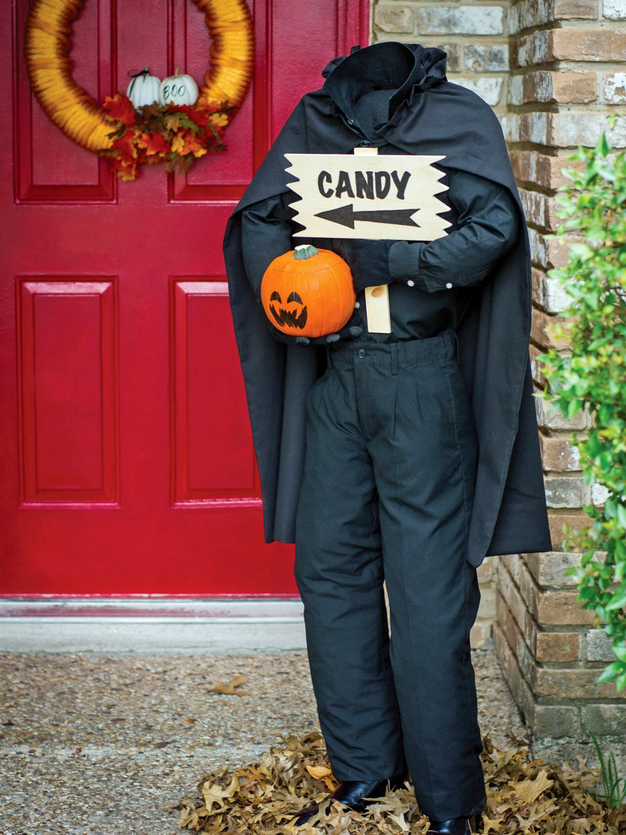 original_Sam-Henderson-handmade-Halloween-outdoor-decor-headless-horseman-beauty3.jpg.rend.hgtvcom.1280.1707