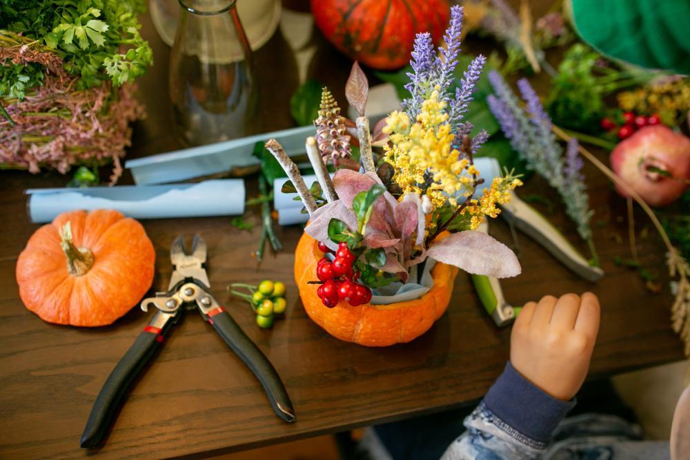 Pumpkin flower arrangements (2)