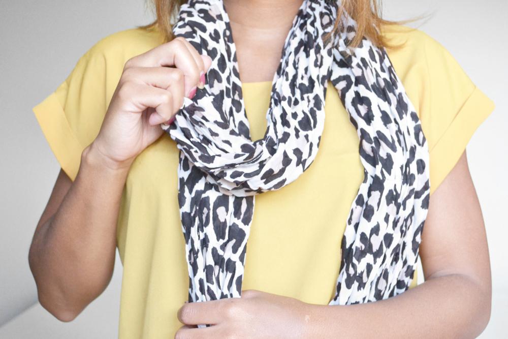ways to tie a scarf 4