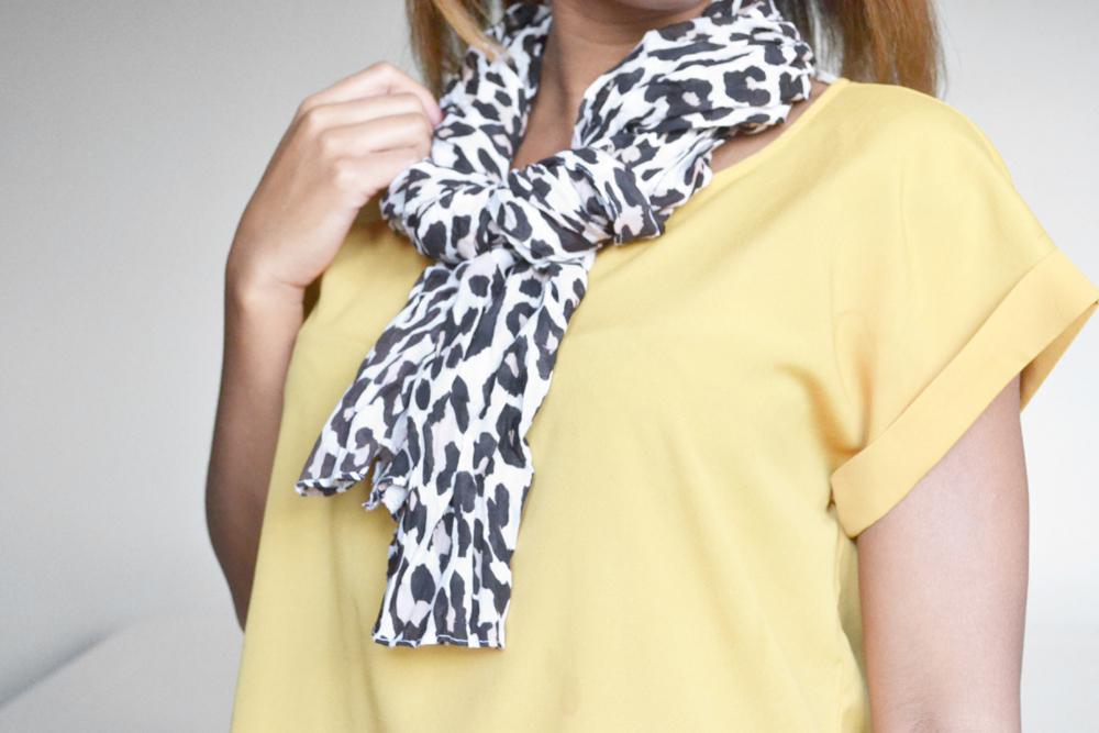 ways to tie a scarf 8
