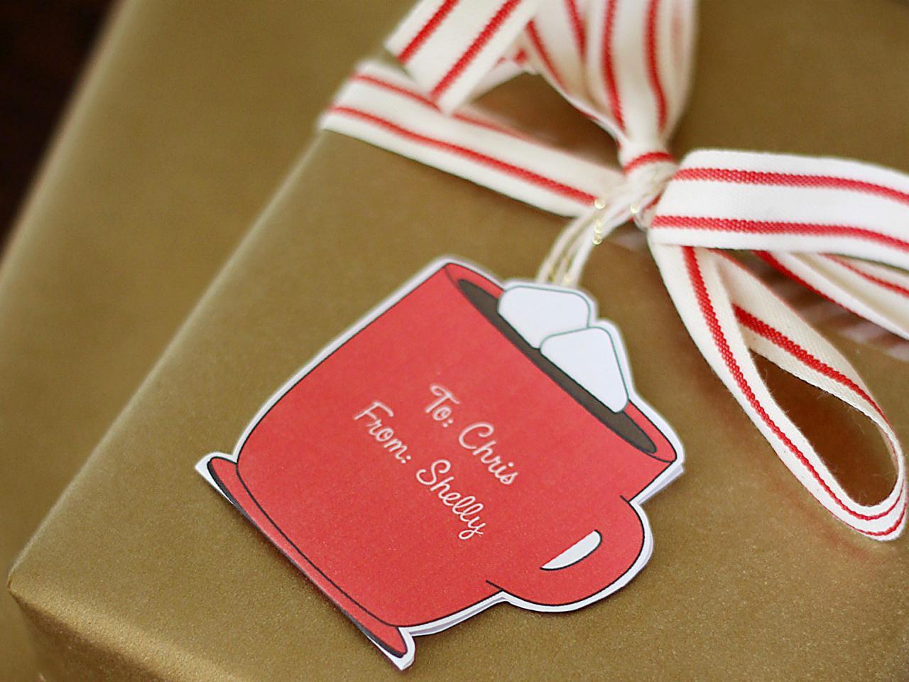 CI-Kori-Clark_Christmas-Gift-Tag-Hot-Cocoa2_h.jpg.rend.hgtvcom.1280.960