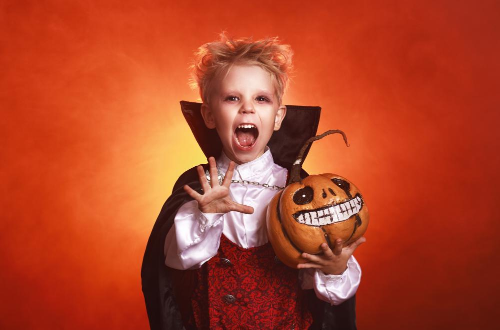 Classic diy halloween costume ideas vampire