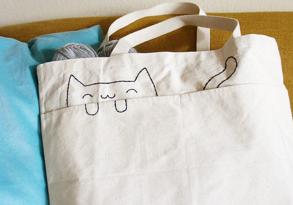 DIY-Embroidered-Cat-Tote-Bag-7-1000×700