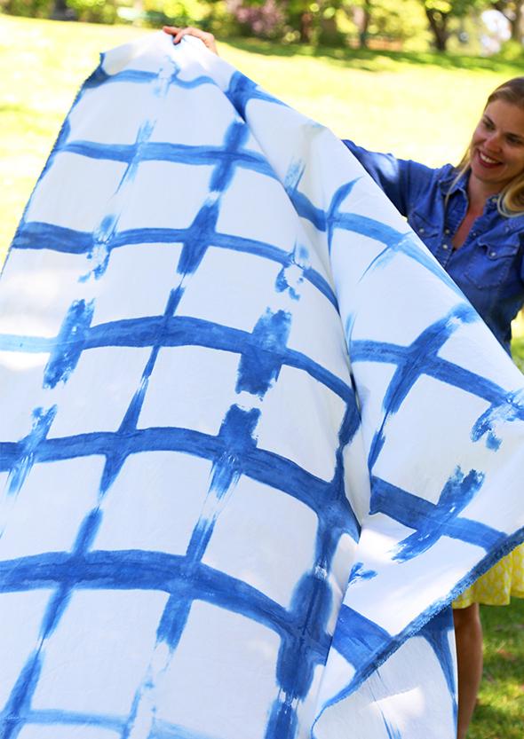 DIY Tie Dye Picnic Blanket
