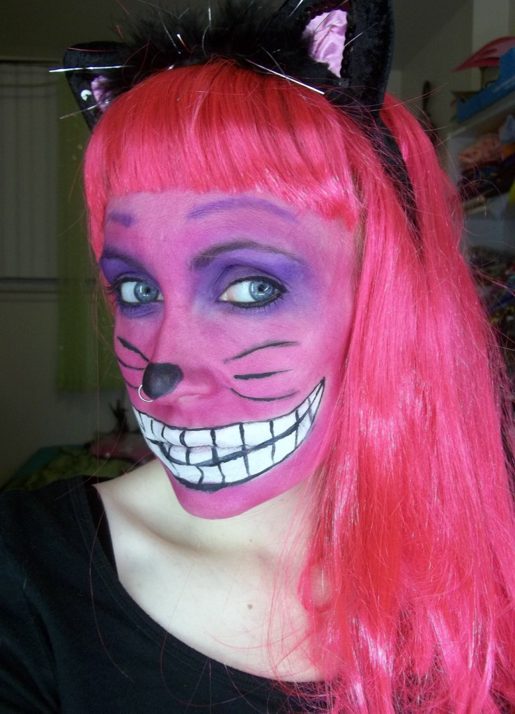 DIY-cheshire-cat-makeup-3-739x1024