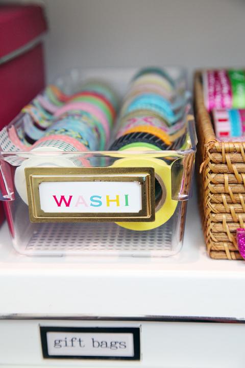 DIY_Organized_GiftWrap_Station_32