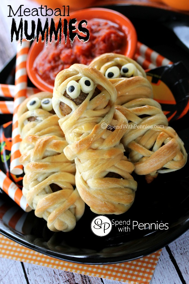 Deliciously-adorable-Meatball-Mummies-These-are-the-cutest-Halloween-dinner
