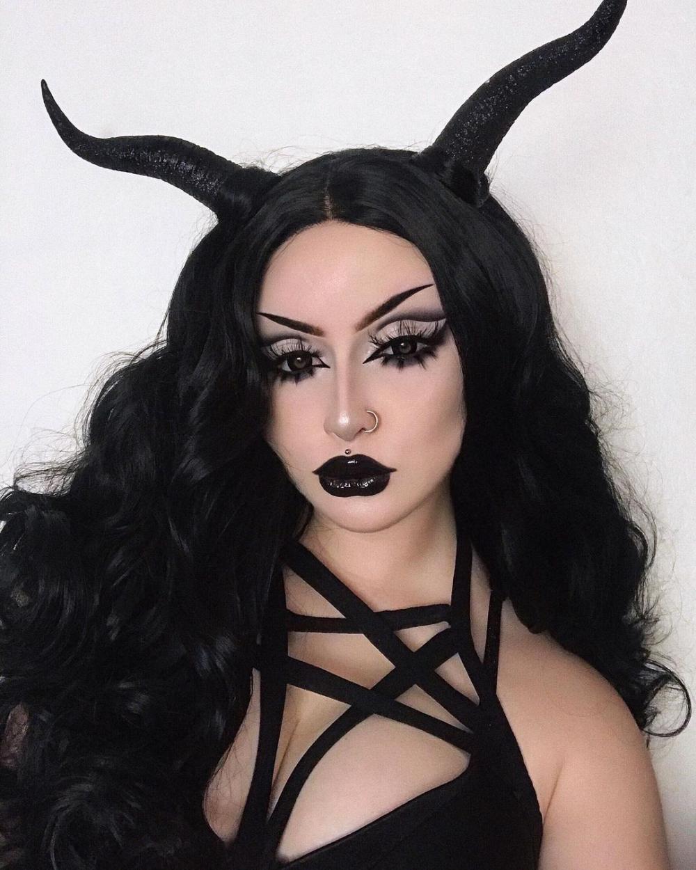 Demon sexy makeup