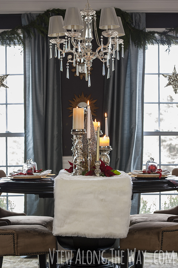 Dining_room_with_candle_centerpiece