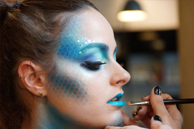 fish makeup diy youll need some fishnet stockings to pull this one off but were in love with this look found at allure and being a fish for halloween - Fairy Halloween Makeup Ideas