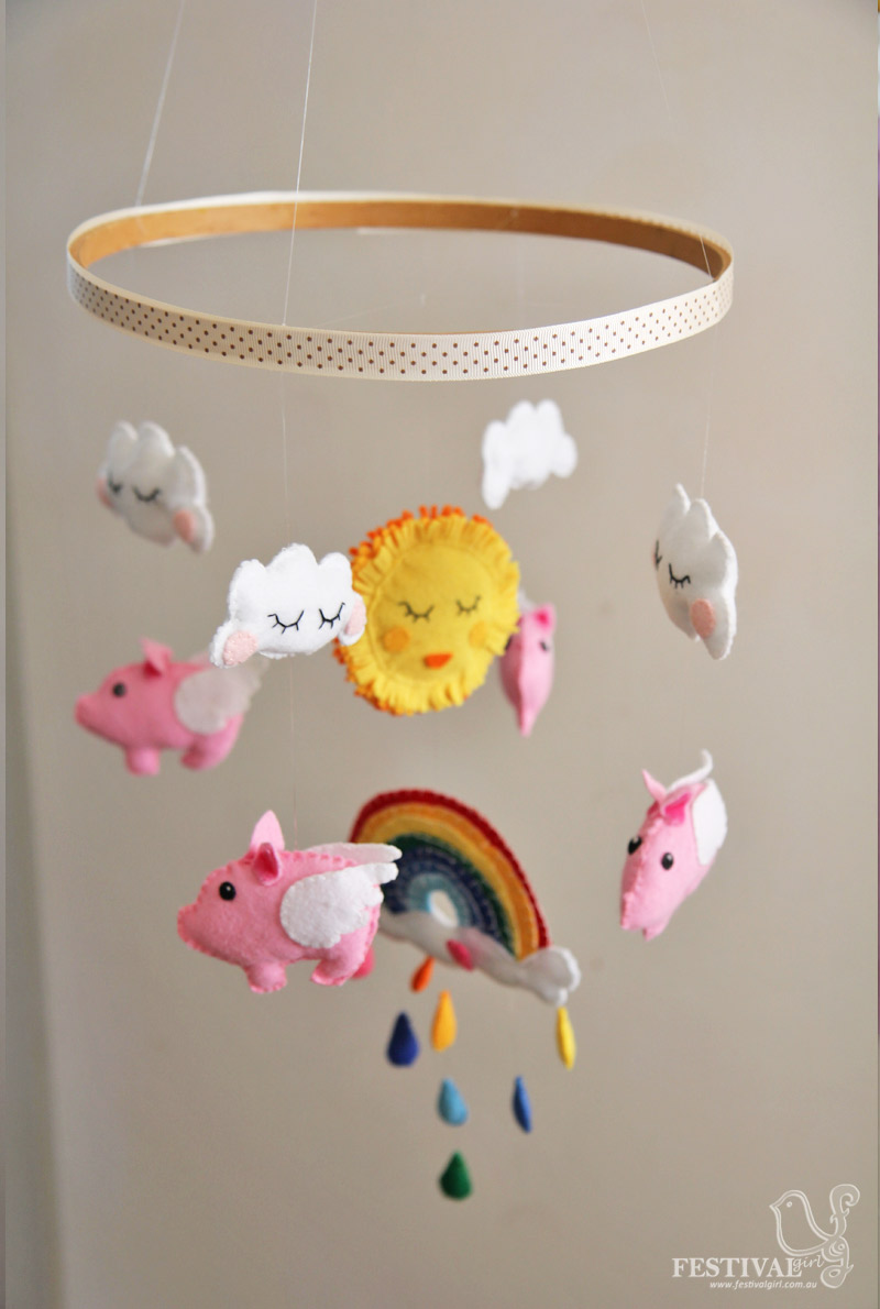 35 adorable and stylish diy baby mobiles. Black Bedroom Furniture Sets. Home Design Ideas