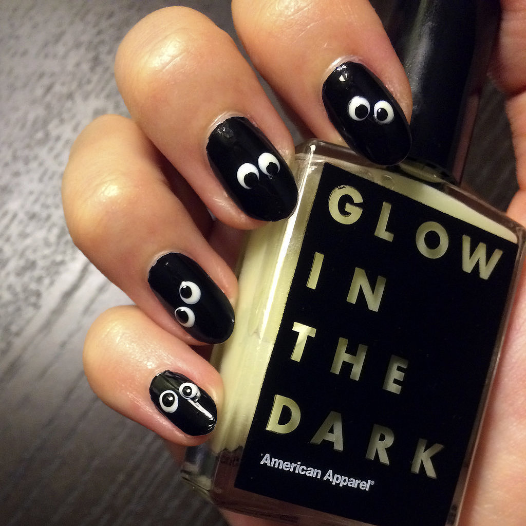 Glow---Dark-Halloween-Nail-Art - 15 Halloween Nail Art Designs You Can Do At Home!