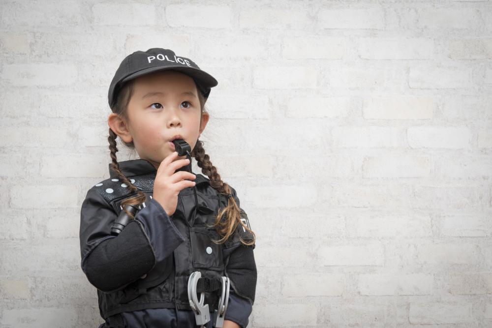 Halloween costume ideas for girls police officer