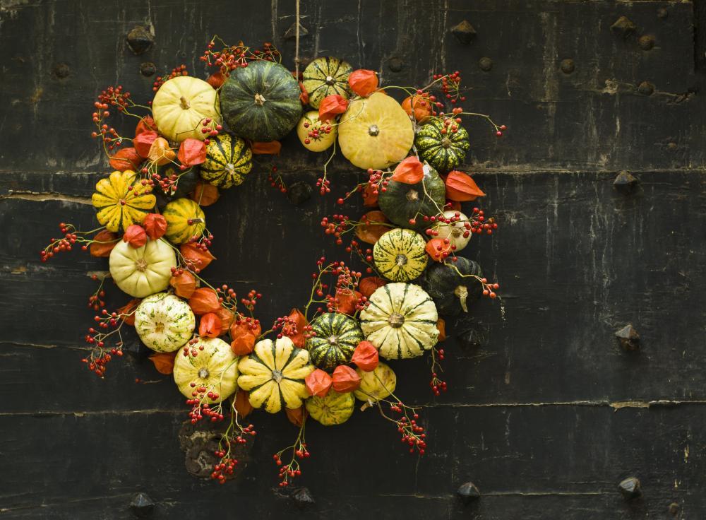 Pumpkin zucchini wreath thanksgiving ornaments