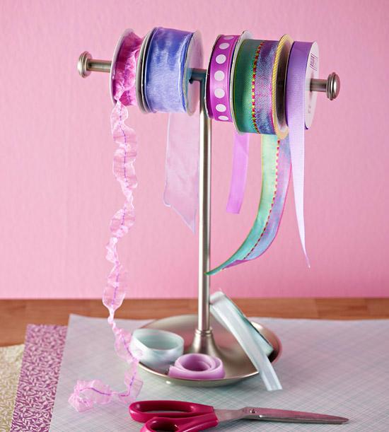 Ribbon Towel Rack