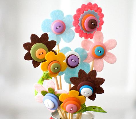 button flower diy