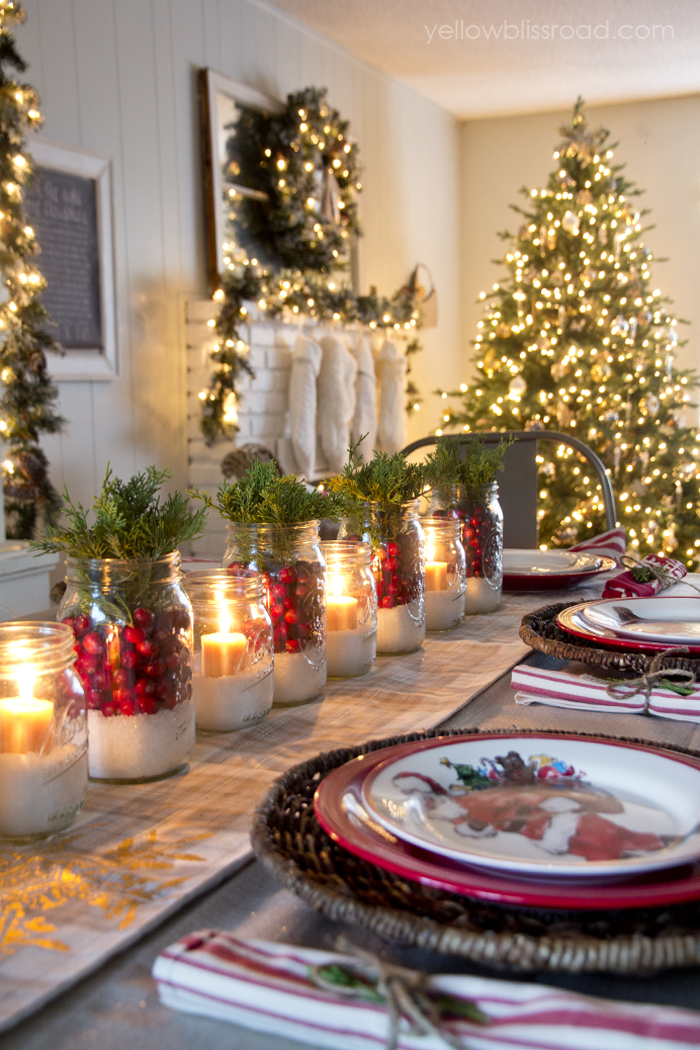 Christmas Table Scape Ideas.20 Diy Christmas Tablescapes That Will Knock Your Socks Off
