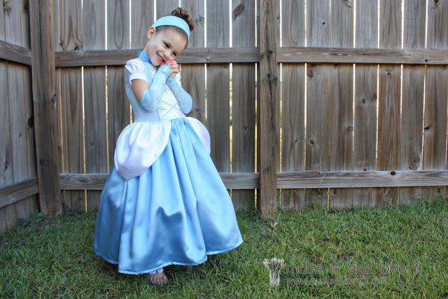 Halloween Costume for Girls - Cinderella