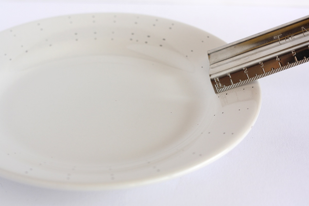 diy hand drawn plate measure