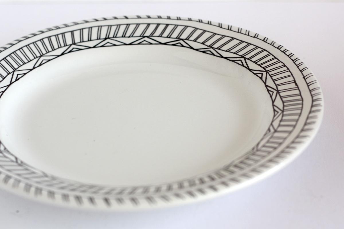 diy hand drawn plate triangle