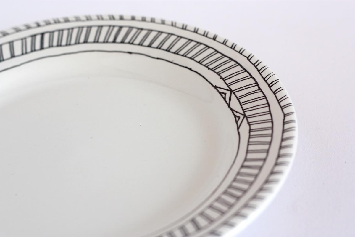 diy hand drawn plate triangles