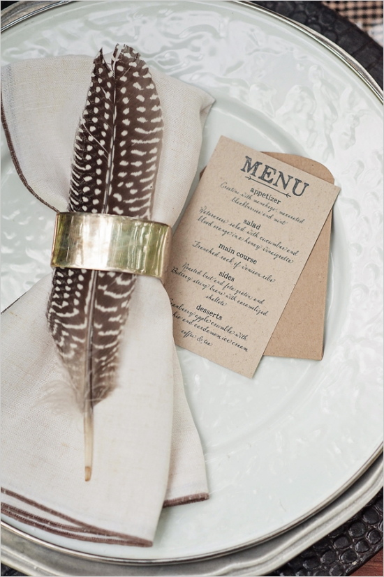 feather place setting