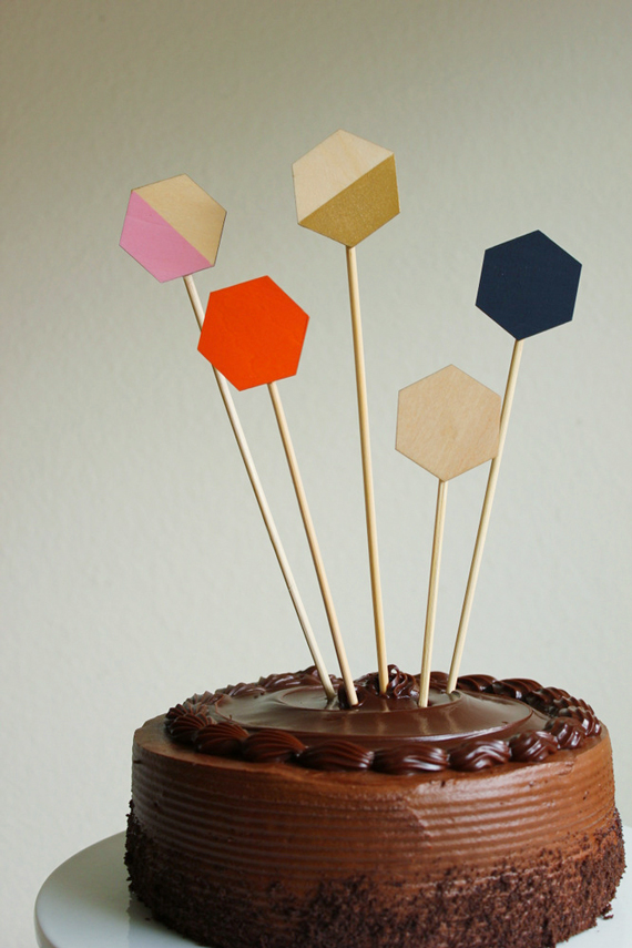 modern-cake-toppers-wood