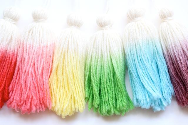 one-sheepish-girl-dip-dye-wool-tassels-5_zpsb25b0cf9