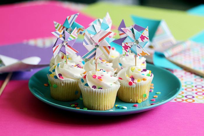 pinwheel cupcake topper diy