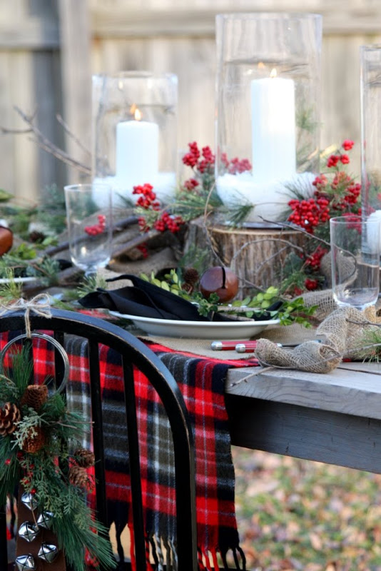 plaid christmas tablescape