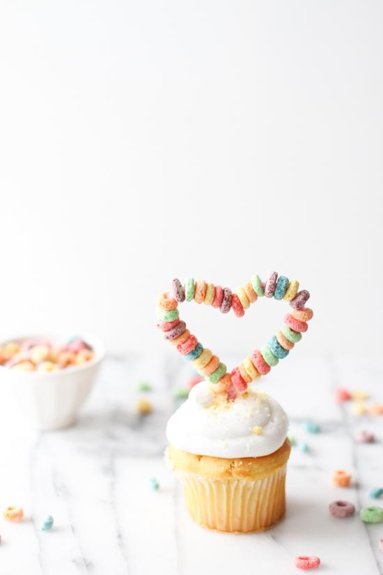 v-day-cupcake-topper