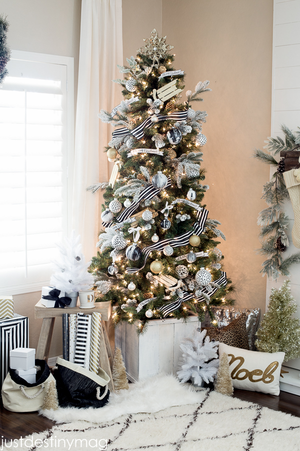 black white christmas tree - White Christmas Tree With Red And Gold Decorations