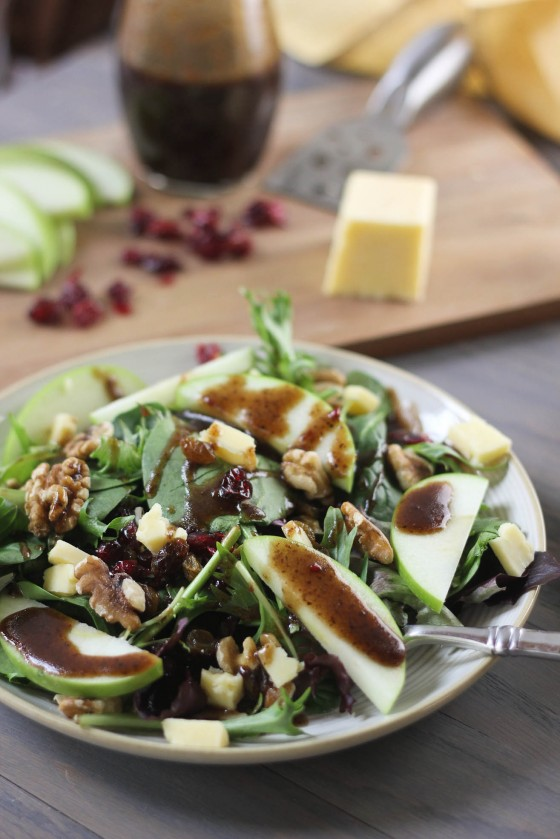 Cheddar and Apple Winter Salad Recipe
