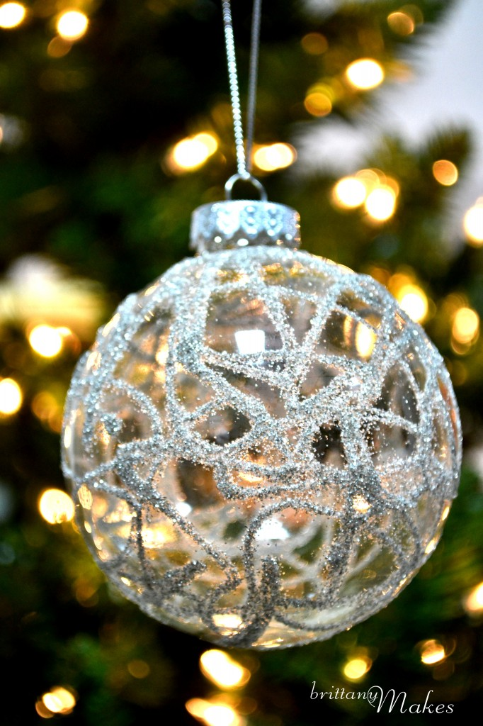 35 diy christmas ornaments from easy to intricate for How to design a christmas ornament