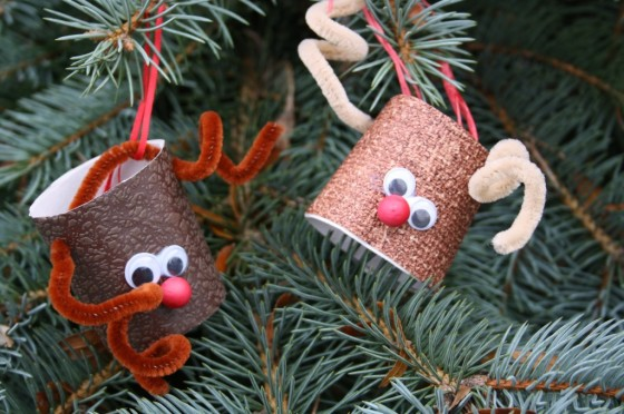 35 diy christmas ornaments from easy to intricate toilet paper reindeer diy christmas ornaments solutioingenieria Choice Image