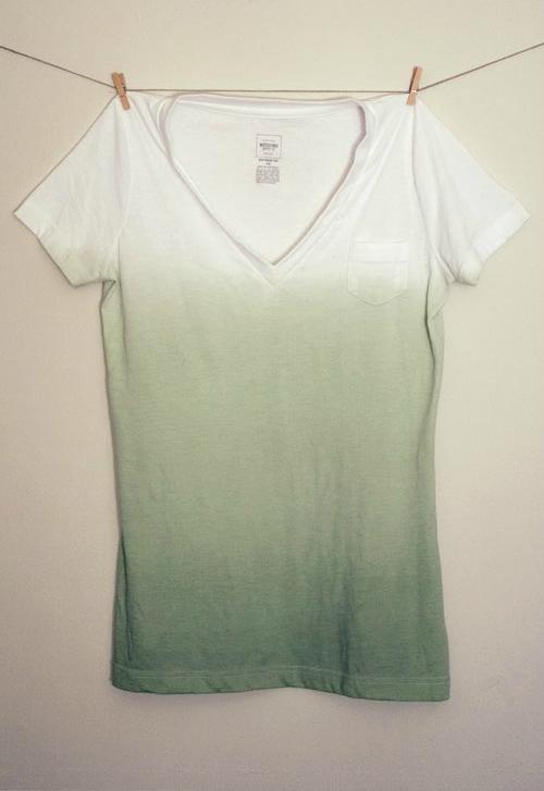 DIY Dip Dye T-Shirt