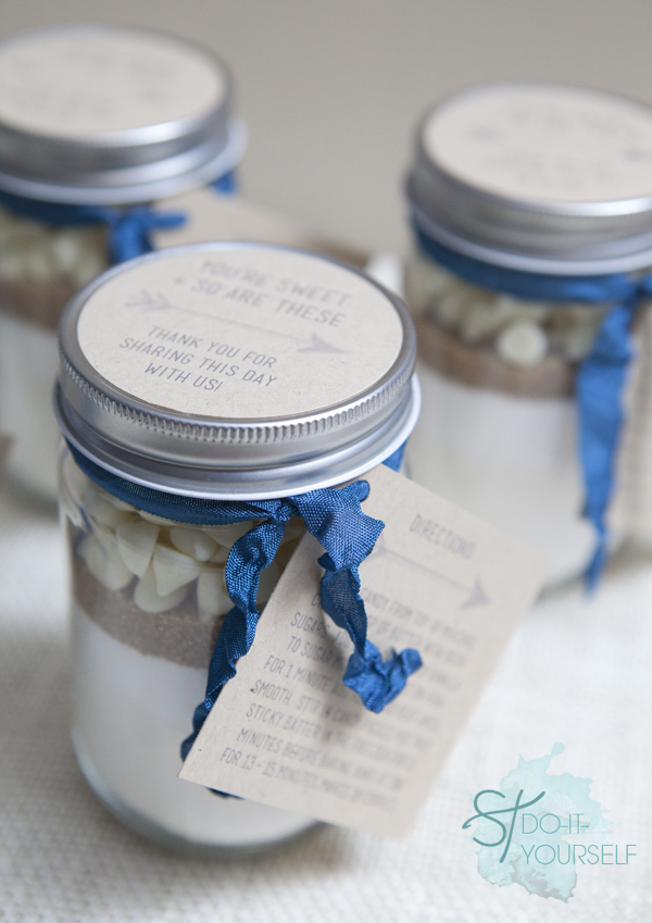30 Festive Diy Holiday Party Favors