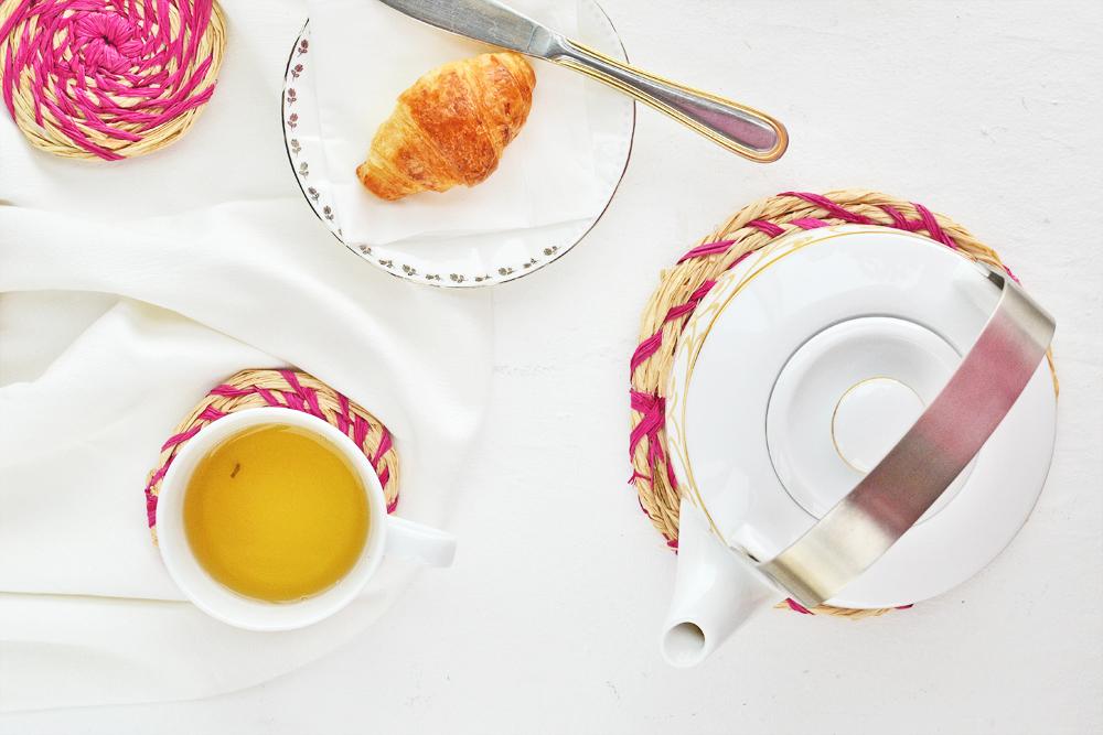 DIY Raffia coasters