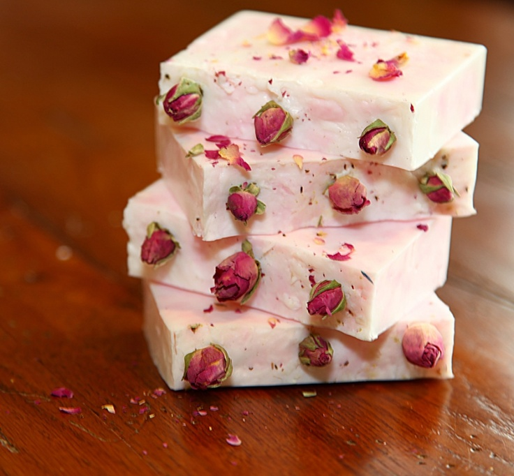 28 DIY Soap Recipes For Spa Days, Gifts