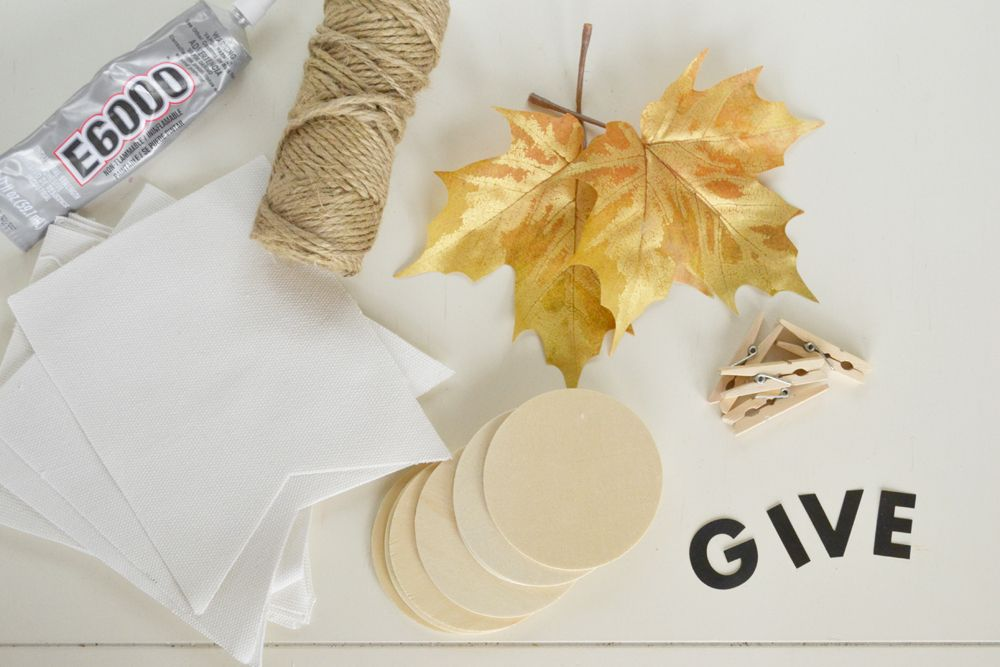 Materials for a Give Thanks Banner