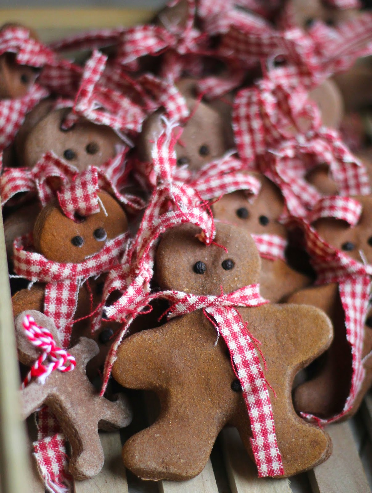 cinnamon salt dough ornaments