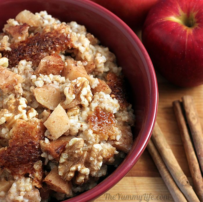 Apple Cinnamon Crockpot Oatmeal