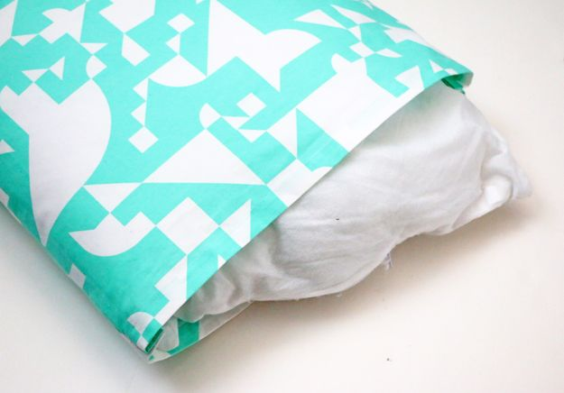 Create A Pillowcase Out of Napkins – inside