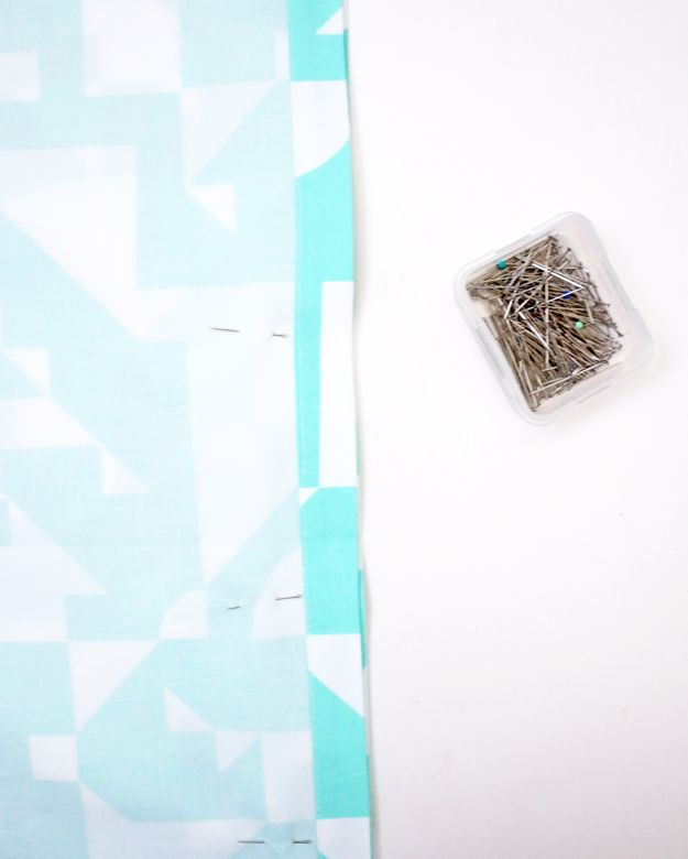 Create A Pillowcase Out of Napkins - straight pins