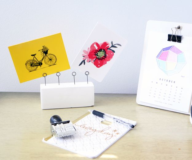 DIY Clay Desk Organizer -hand cards