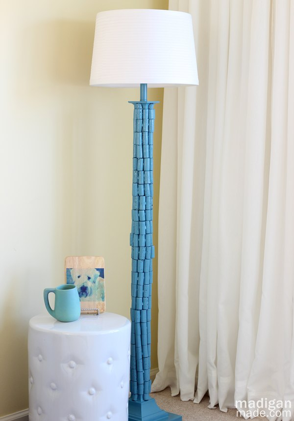 DIY Wine Cork Lamp Stand