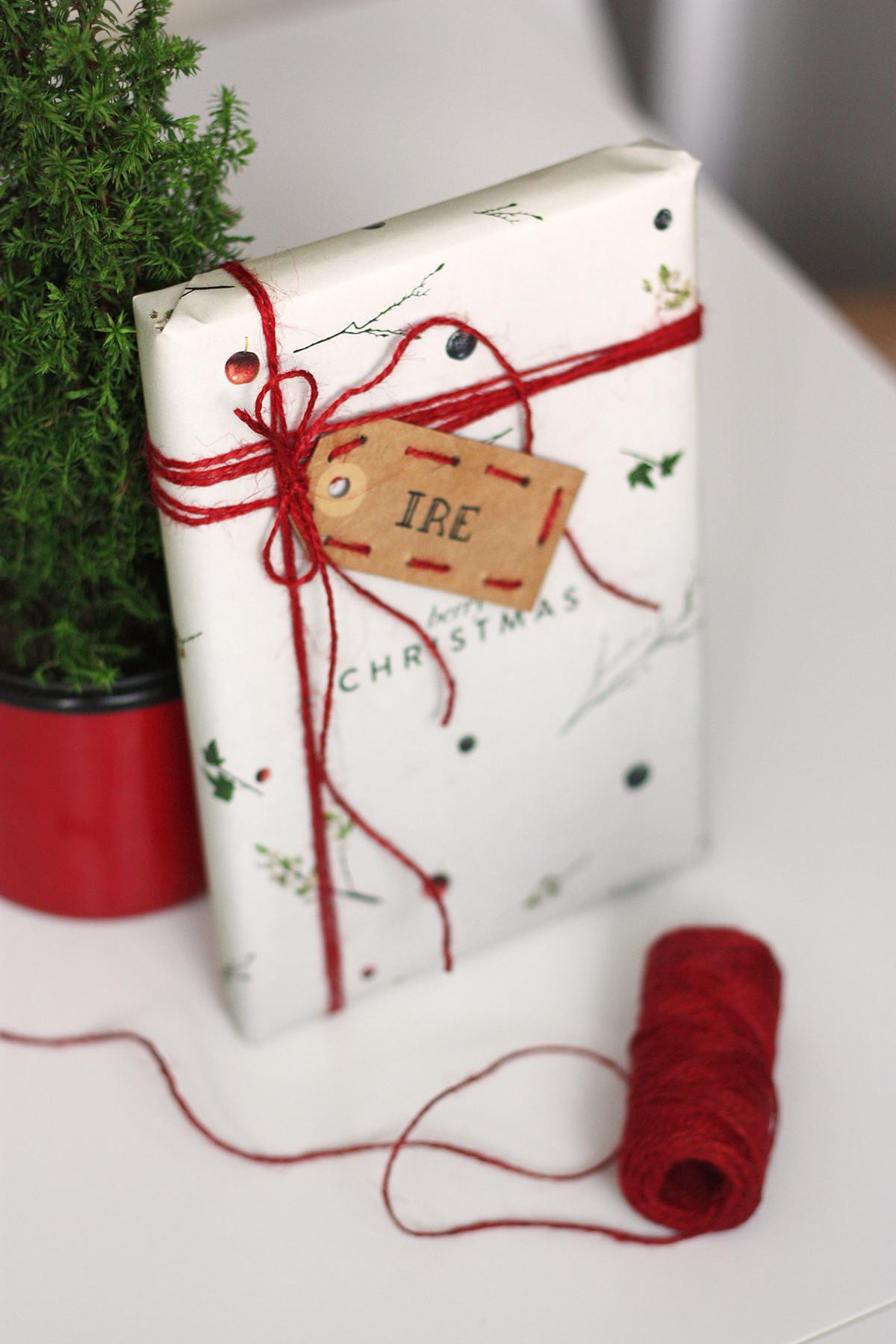 DIY gift tag embrodered set 2